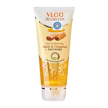 Picture of VLCC Ayurvedic Haldi & Chand Face Wash