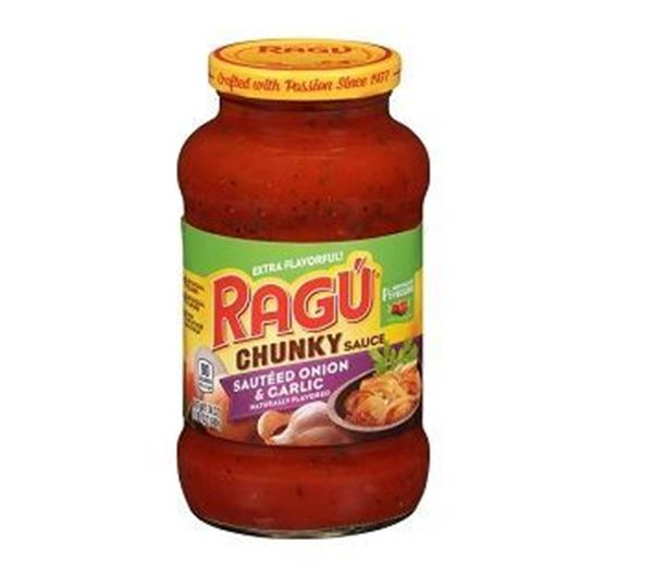 Picture of Ragu Chunky Sauted Onion & Garlic Pasta Sauce