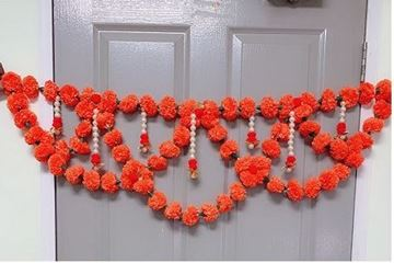 Picture of Artificial Marigold Fluffy Flowers Welcome Toran(Orange)